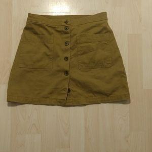 Old Navy skirt beige